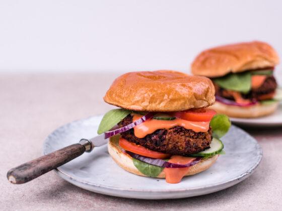 Black Bean Burger |FREE MINDED FOLKS