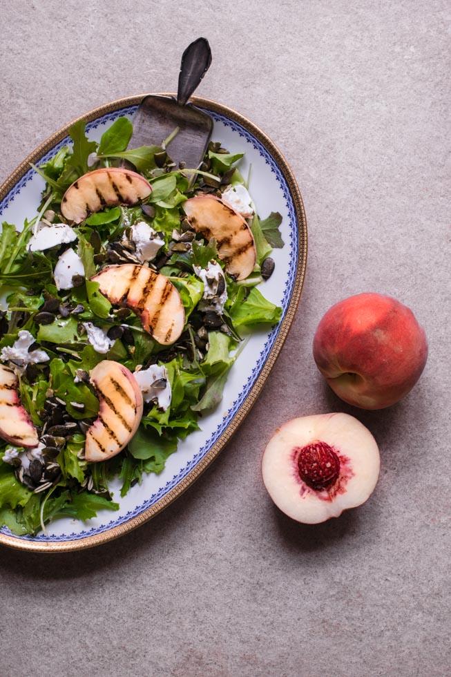 Salat zum Grillen mit Pfirsich |FREE MINDED FOLKS