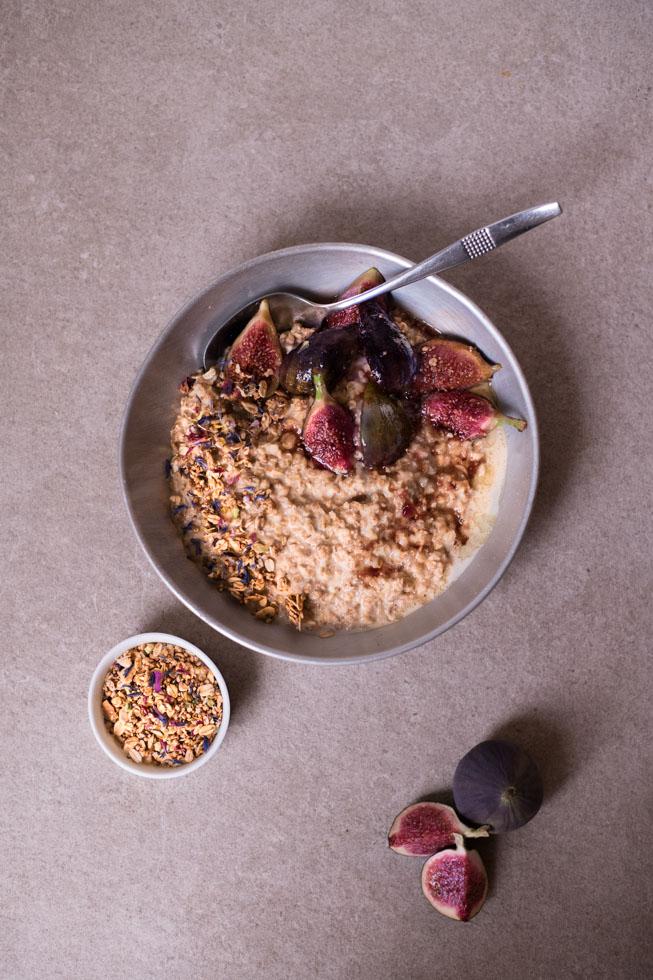Porridge mit Hafermilch | FREE MINDED FOLKS